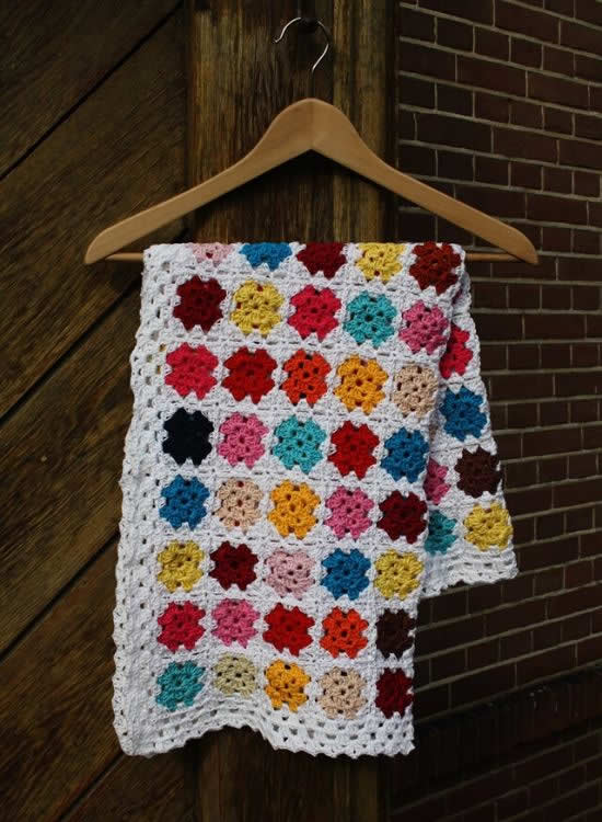 Crochet blanket, summer crochet granny square blanket | Happy in Red