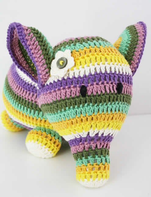 Crochet elephant | Happy in Red | Gehaakte olifant