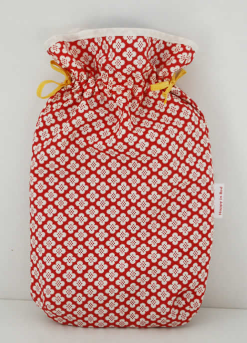 Hot water bottle cover sewing pattern, free sewing pattern by Happy in Red