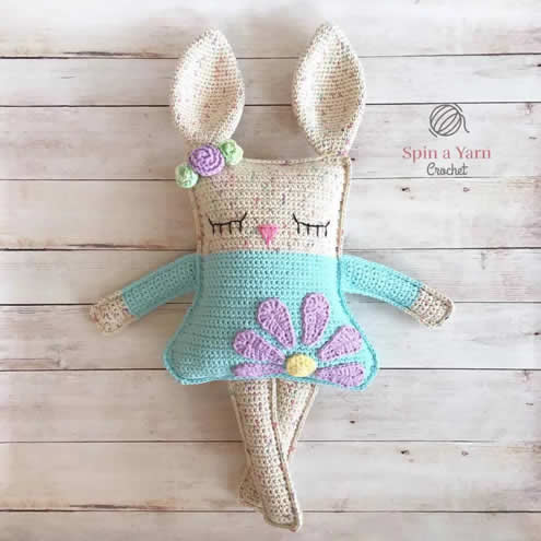 Ragdoll Easter Bunny Crochet Pattern (photo and pattern by Spin a Yarn Crochet) | Happy in Red