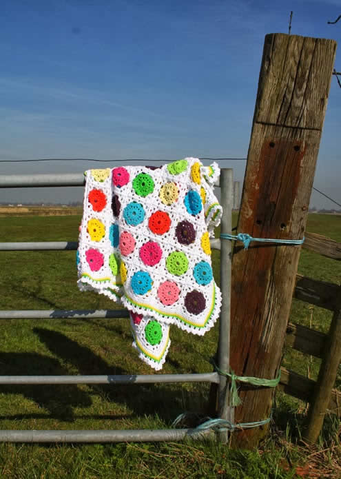 Flower granny square blanket | Happy in Red