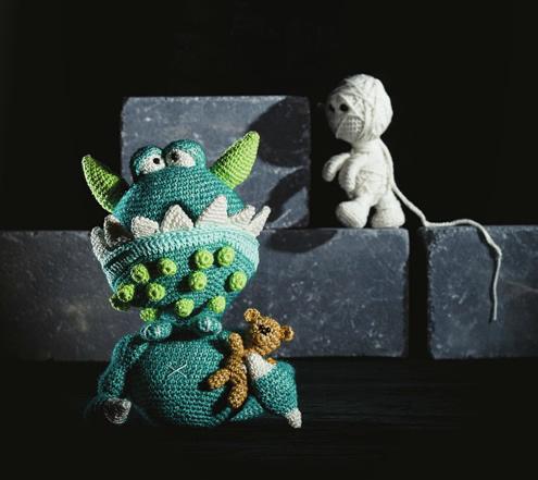 Crochet dragon, dragon crochet pattern | Amigurumi & Monsters door Tessa van Riet-Ernst
