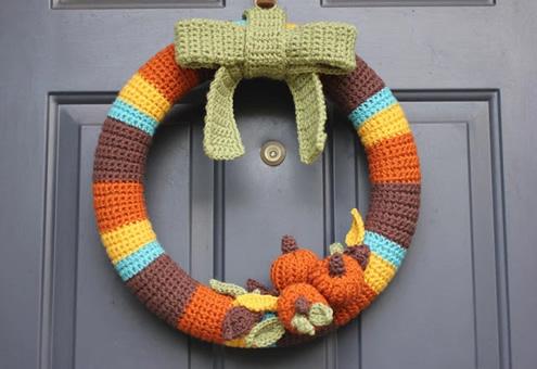 Halloween crochet | Pretty pumpkin crochet wreath