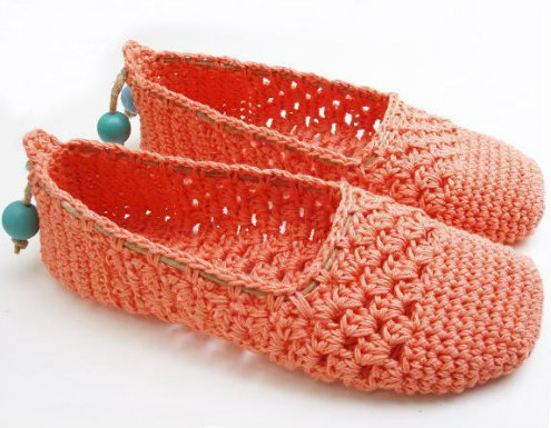 Coral crochet espadrilles, by Sophie & Me | Happy in Red