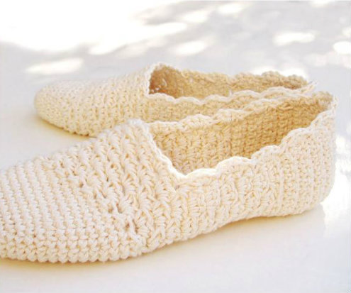 White crochet espadrilles, Sophie & Me | Happy in Red
