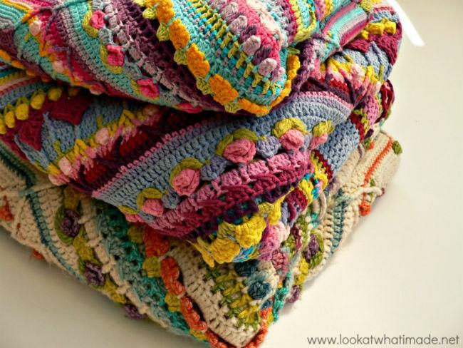 Sophie's Universe, crochet along by Dedri Uys & Scheepjes | Happy in Red