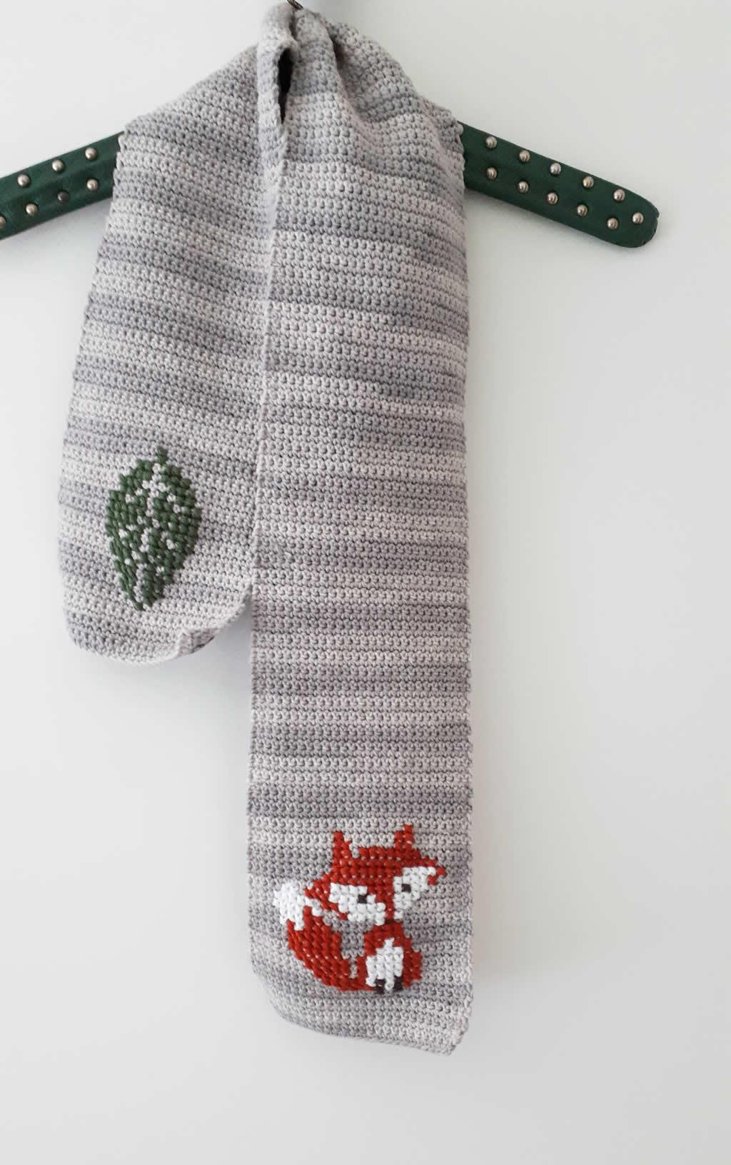 Fox scarf | DIY fox scarf: free pattern | Happy in Red