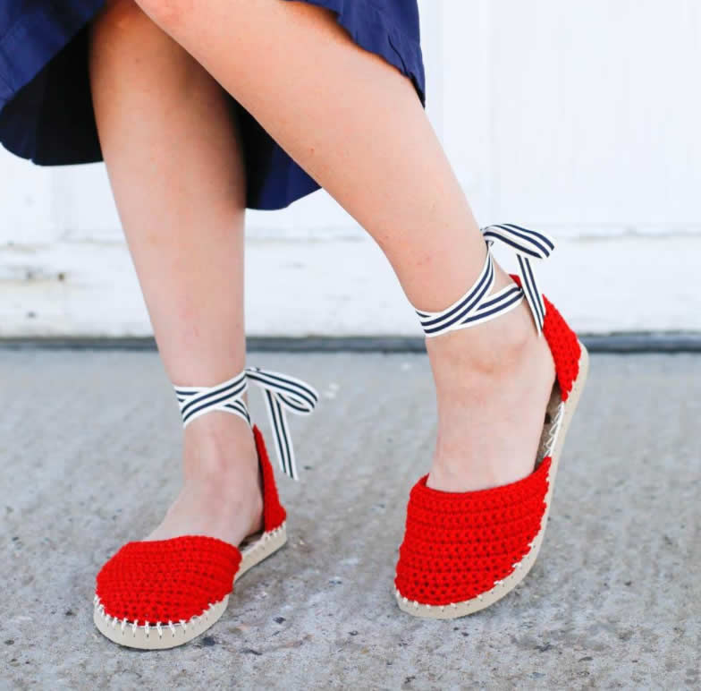 Red crochet espadrilles with flip flop sole, photo by Jess Coppom | Happy in Red