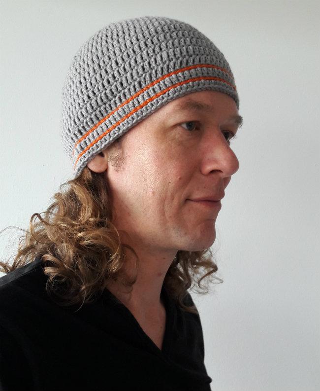 Men's hat crochet pattern | Happy in Red