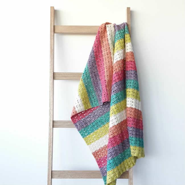 Crochet pattern: Sea shell blanket | Crochet blanket pattern by Happy in Red