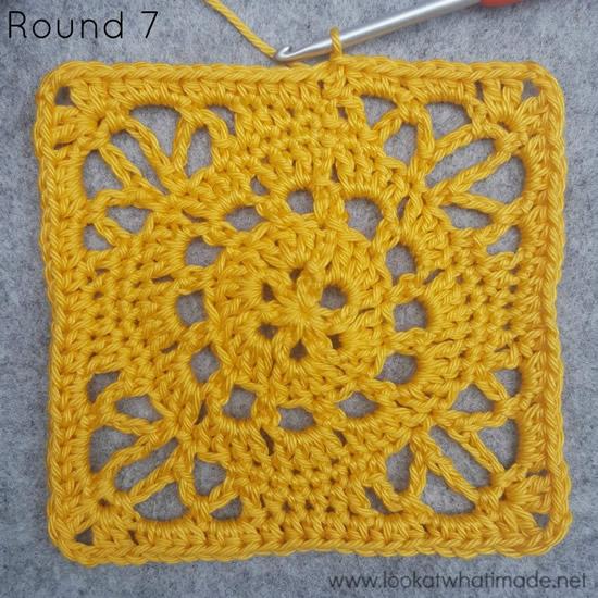 Emma crochet square, Ubuntu CAL proeflapje tour 7   Happy in Red