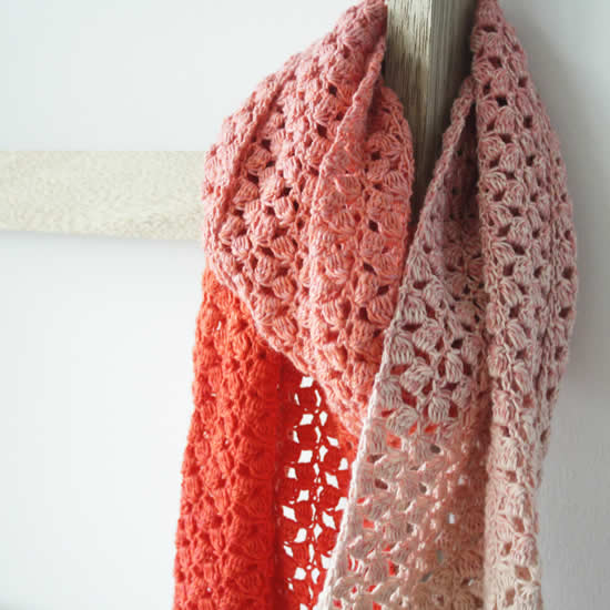 Scheepjes Whirl crochet pattern, The Little Meringue Shawl | Happy in Red
