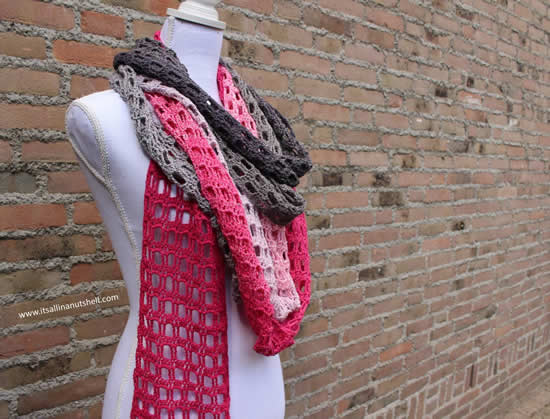 Scheepjes Whirl pattern, Endless love skinny scarf (It's all in a nutshell) | Happy in Red