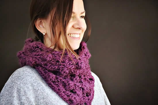 Maxxed out cowl, free crochet pattern by