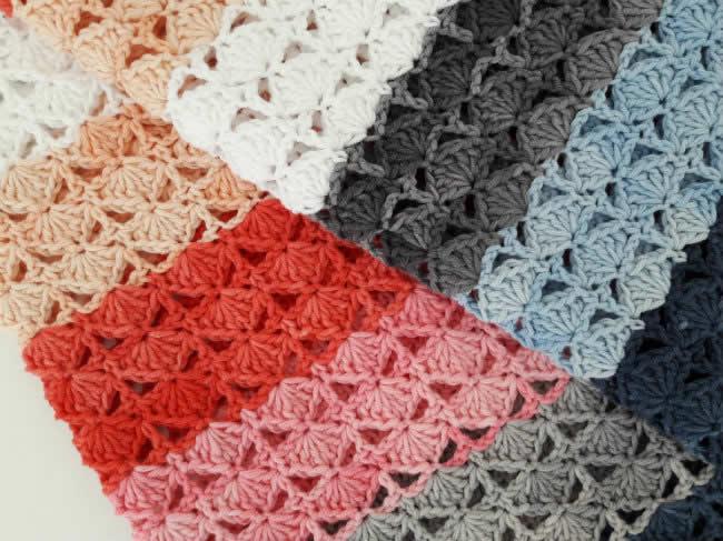 Crochet blanket Scheepjes Softfun Denim | Sea shell blanket, crochet pattern by Happy in Red