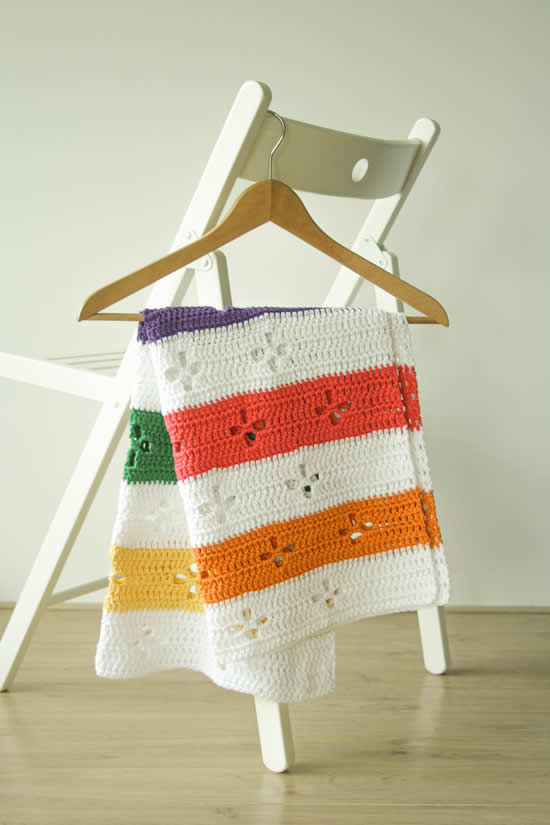 Funky Fifties Blanket (Call the midwife blanket) | Happy in Red