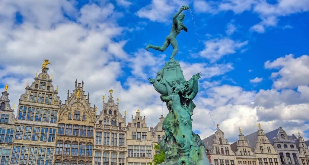 Antwerp, Belgium | Top things to do in Antwerp, Belgium | Happy in Red