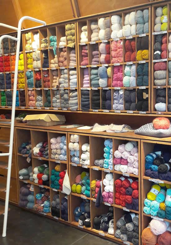 Wolwinkel Antwerpen | Wool shop Antwerp, Belgium | Veritas