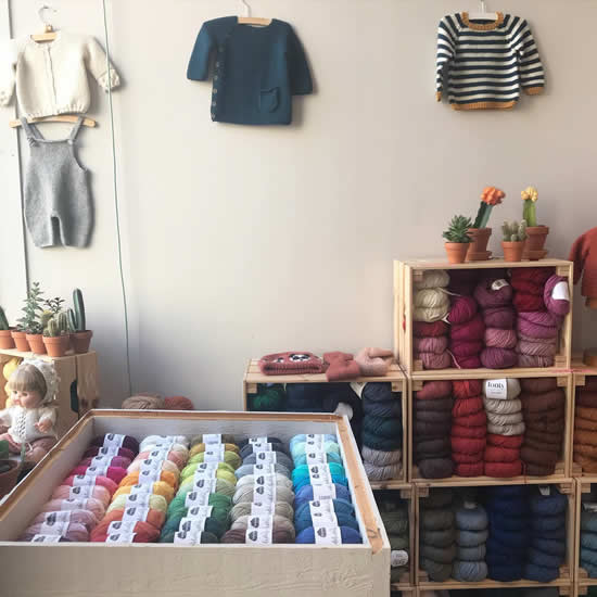 Wolwinkel Antwerpen | Wool shop Antwerp, Belgium | Photo by Julija's Shop