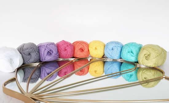 Scheepjes Organicon, eco-friendly yarn/ vegan yarn | Happy in Red