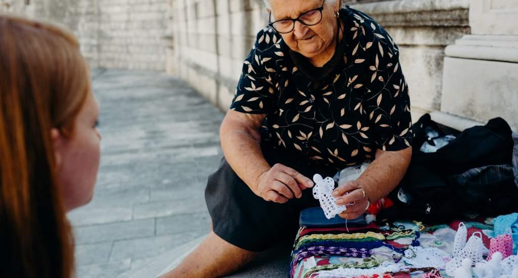 Crochet in Croatia   Happy in Red